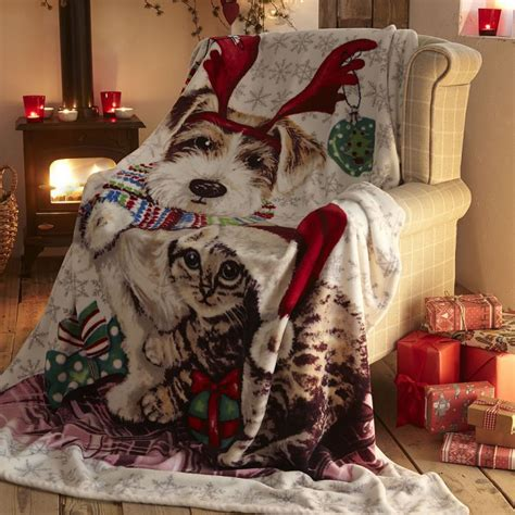 ivy snowy christmas cat dog fleece blanket throw tonys textiles
