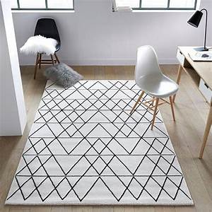 Tapis Salon Scandinave : tapis fedro chambre enfant nursery perfect home pinterest les tapis motifs graphiques et ~ Teatrodelosmanantiales.com Idées de Décoration