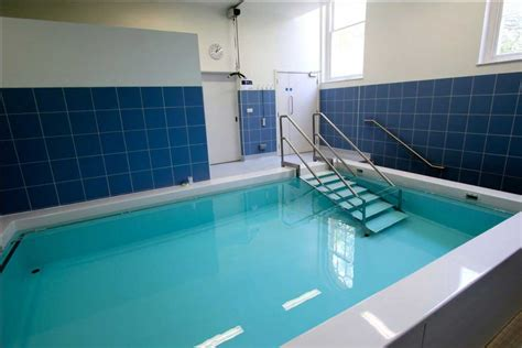 hydrotherapy    central health physiotherapy