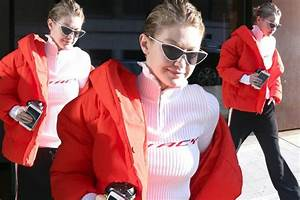 H M Newsletter : gigi hadid has a duvet day in h m puffer coat and it 39 s only mirror online ~ Orissabook.com Haus und Dekorationen