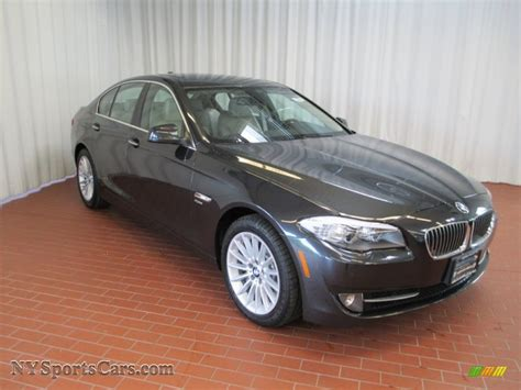bmw  series  xdrive sedan  dark graphite