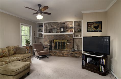 Clark Living Room Realty by 195 Terrell Dr