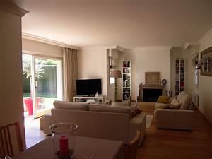 Photo Peinture Salon : peinture couleur beige ~ Melissatoandfro.com Idées de Décoration