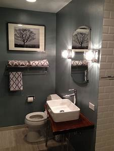 Small bathroom ideas on a budget small modern for Cheap remodeling ideas for small bathrooms