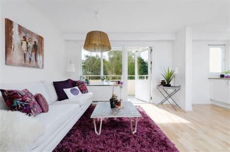 comment renover un canap comment rafraîchir l 39 intérieur grâce au tapis violet 23 photos
