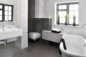 Badezimmer Grundriss Modern : 106 badezimmer bilder beispiele f r moderne badgestaltung ~ Eleganceandgraceweddings.com Haus und Dekorationen
