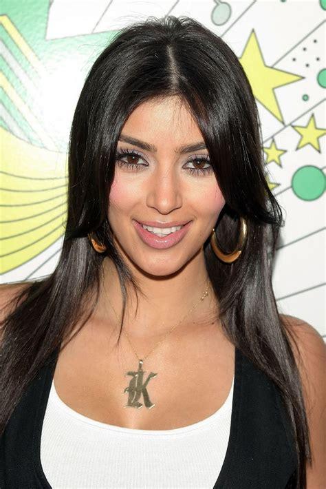Female Celebrities: Kim Kardashian at MTV's TRL