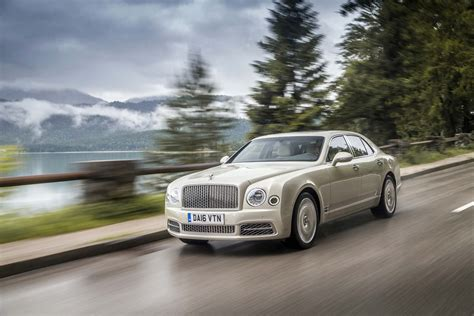 bentley mulsanne 2017 2017 bentley mulsanne first drive review motor trend