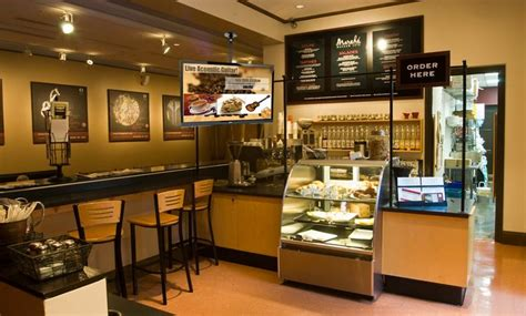 best color shoo digital signage for coffee shops restaurant industry