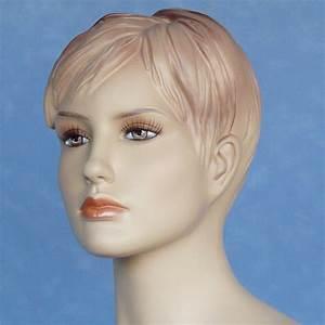 Mannequin De Vitrine : ashly mannequin de vitrine sexy tr s r aliste aux formes g n reuses ~ Teatrodelosmanantiales.com Idées de Décoration