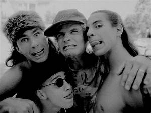 Red Hot Chili Peppers Photo 35 Of 39 Pics Wallpaper