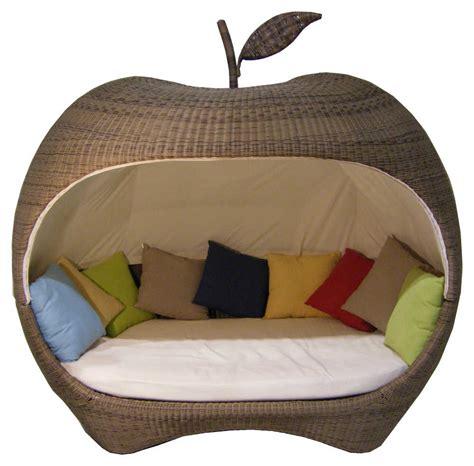canape en resine tressee salon canape fauteuil pot mobilier meubles de