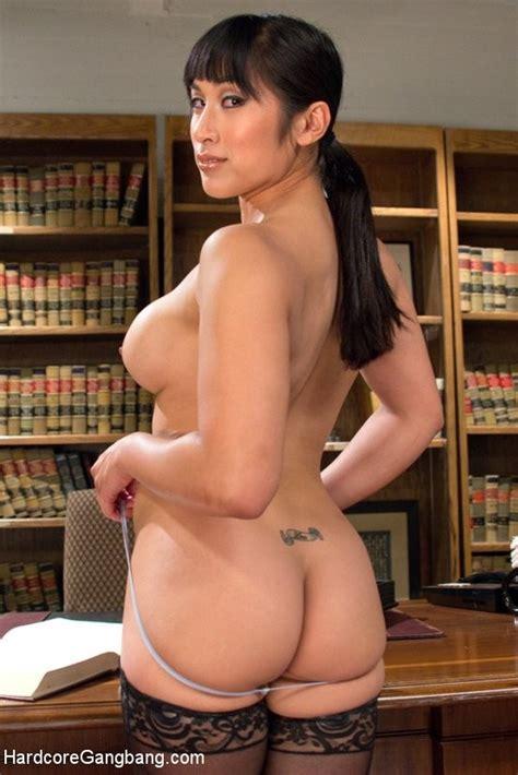 Asian Judge Mia Li Takes Double Penetration Intense Anal