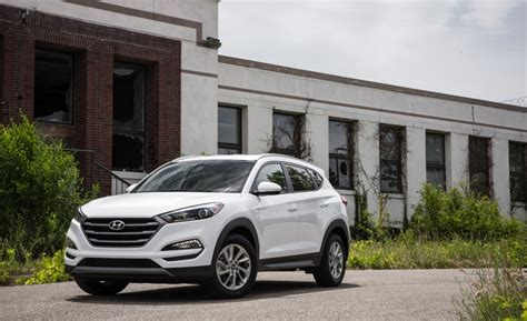 Small Suv Ratings by Small Suv Crossover Rankings Best Midsize Suv