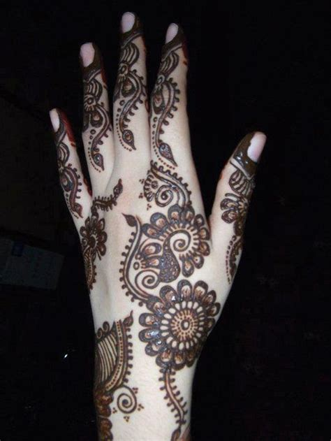 Easy And Stylish Latest Arabian Mehndi Designs Pictures to ...