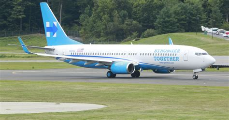 Hillary Clinton's new campaign plane debuts in Westchester ...