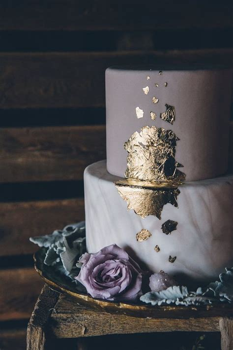 trendy  glam metallic wedding cakes weddingomania