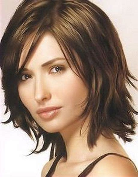 sexy sassy short  shoulder length hairstyles  women