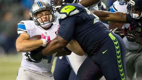 wild card weekend seahawks favored  tame lions