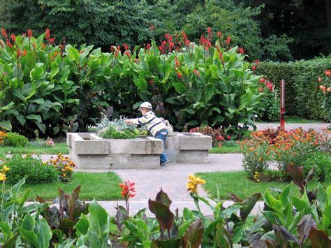 Zoologischer Garten Rostock Rennbahnallee 21 by Gartenroute Mecklenburg Vorpommern Zoologischer Garten