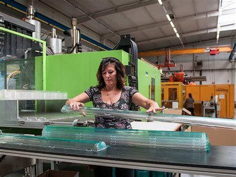 Výrobce svítidel Trevos Turnov investoval sto milionů do ...