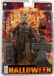 Halloween Michael Myers Figure | Rob Zombie's Halloween: 7 ...