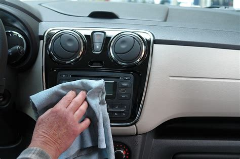 Pulire Interno Auto come pulire l interno dell auto la tua auto