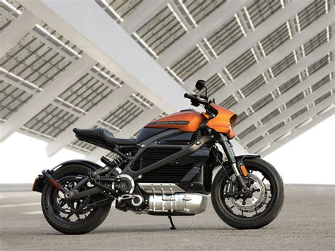 Harley-davidson's Electric Livewire Motorcycle Debuts At
