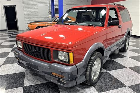 Gmc Typhoon 2020 by Charging Gmc Typhoon Is A Car Compact Suv