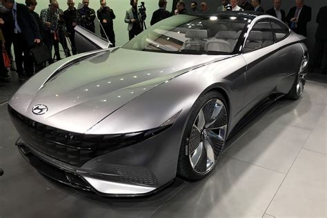 Hyundai Car : Hyundai Previews Le Fil Rouge Concept Car
