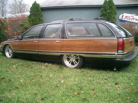 Woodgrain Roadmaster Wagons: Discuss. - 1A Auto Blog