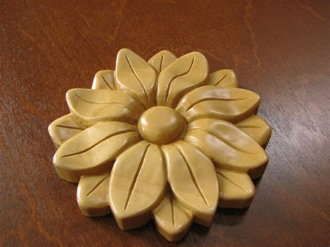 teaching  carving class  ornamental sunflower