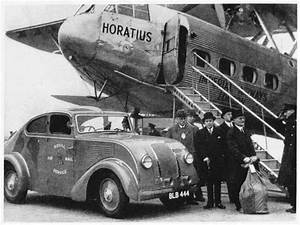 "Imperial Airways ""Horatius"" at Croydon Airport (1934 ..."