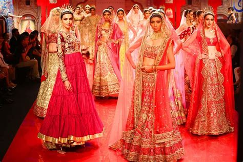 10 Latest Indian Bridal Dress Trends For 2018