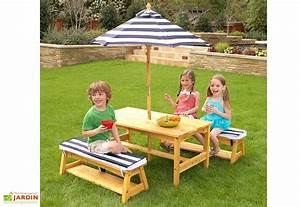 Salon De Jardin Pour Enfant : salon de jardin bois pour enfants table bancs parasol ~ Dailycaller-alerts.com Idées de Décoration
