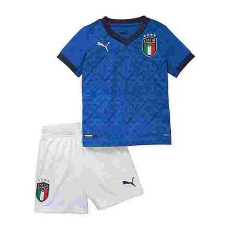 Wir erwarten tore auf beiden seiten und damit über 2.5 treffer im gesamten spiel. PUMA Italien Minikit Home EM 2021 Fußballtrikot Kinder ...