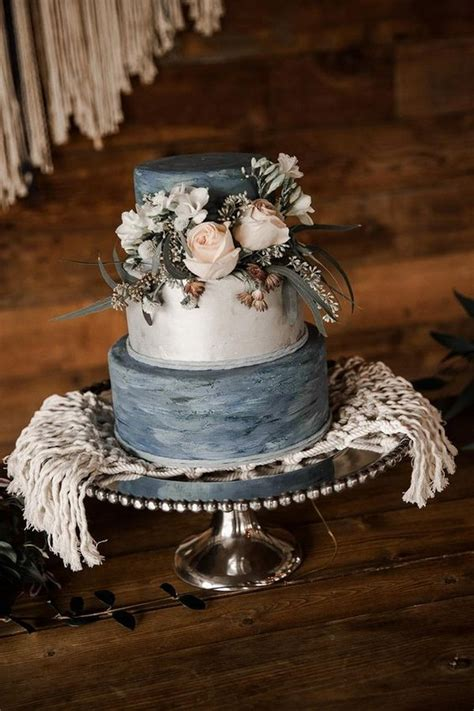 prettiest shades  blue wedding ideas   trends