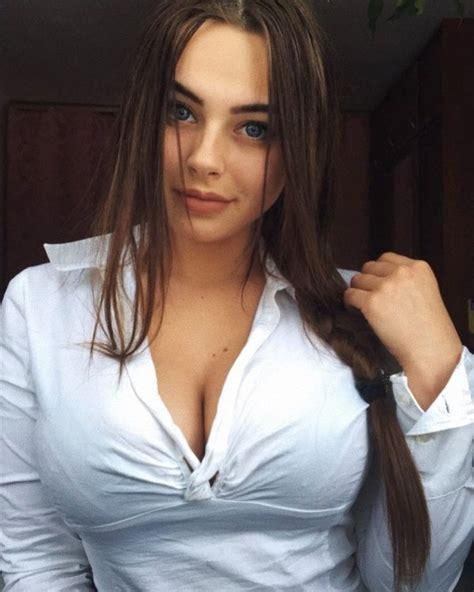 Hot Brunettes Pics Barnorama