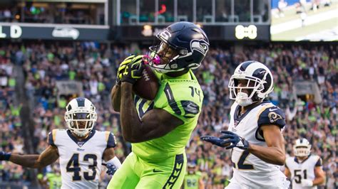 seahawks  rams betting cheat sheet odds picks snf