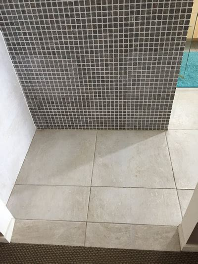 fix cracked  chipped tiles nerang tiles floor