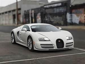 Bugatti Veyron Super Sport : bugatti veyron 16 4 super sport 2013 sprzedany gie da klasyk w ~ Medecine-chirurgie-esthetiques.com Avis de Voitures
