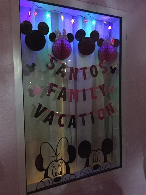When Do Disney Hotels Decorate For - 25 best ideas about disney window decoration on