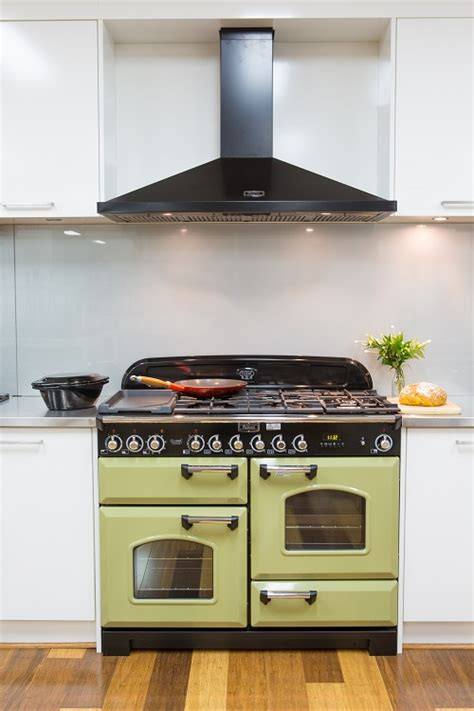 Kitchen Range Outlet by The Roles Of Kitchen Range Hoods Co