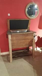 IFD967COOLER Furniture Store Bangor Maine Living Room