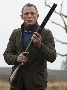 James Bond Skyfall : skyfall bond s barbour jacket in scotland bamf style ~ Medecine-chirurgie-esthetiques.com Avis de Voitures