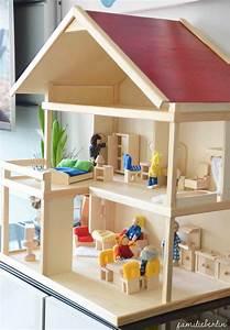 Haus Komplett Selber Bauen : spielzeug inspiration ein selbstgebautes puppenhaus aus holz familieberlin ~ Markanthonyermac.com Haus und Dekorationen