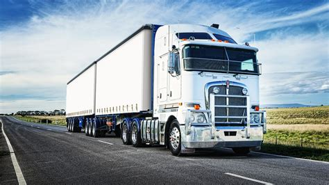 paccar australia kenworth s 60 000th australian truck rolls off the