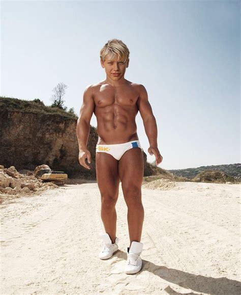 Muscle Morphs Boy | MEGA MORPH Wednesday | mboys | Pinterest | Muscles