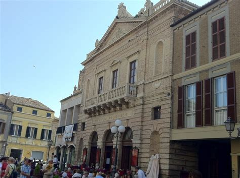 Pictures And Video Of Atri In Abruzzo, Italy