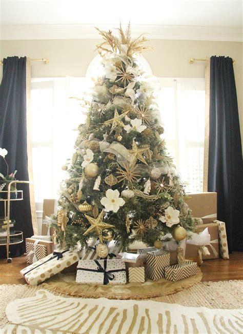luxury christmas tree decoration love  blog